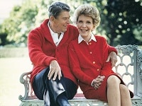 Ronald & Nancy Reagan on a bench